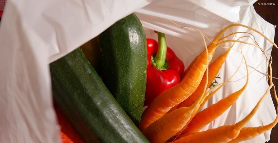 Die größten Umweltsünden der Supermärkte und Discounter