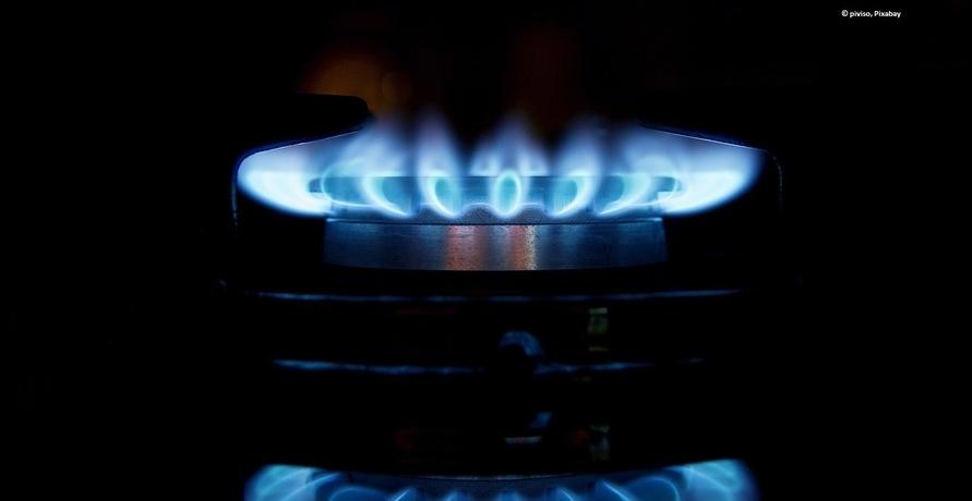 Gaskunden sollten jetzt ihre Verträge prüfen