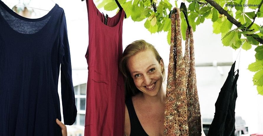 Vom Shopaholic zur kritischen Konsumentin: ein Erfahrungsbericht