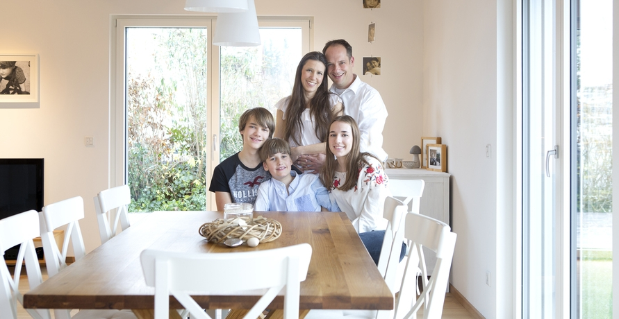 Krank durch Wohngifte: Eine Familie kämpft um ihre Gesundheit