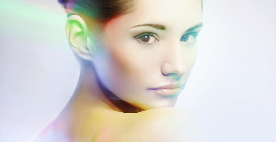 Kosmetik mit Farbenergien und Pflanzenextrakten