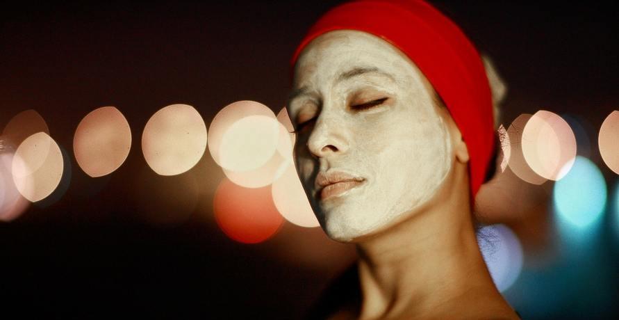 Gesichtsbehandlungen mit zertifizierter Biokosmetik