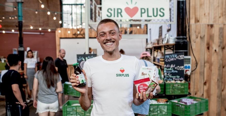 SIRPLUS feiert erfolgreiches 1-jähriges Bestehen