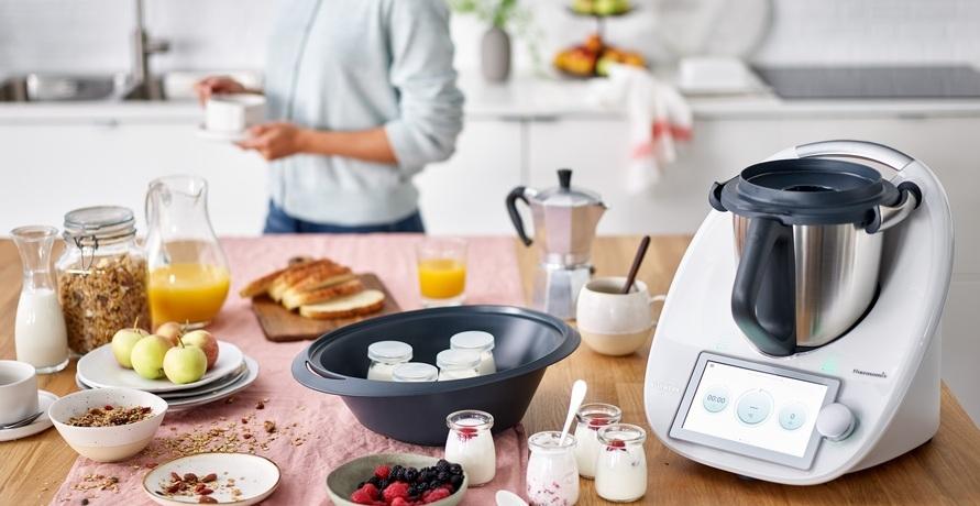 Der Thermomix TM6 im Praxis-Test und die Frage: wie nachhaltig ist die Küchenmaschine und das Unternehmen Vorwerk, das Hersteller des Gerätes ist.