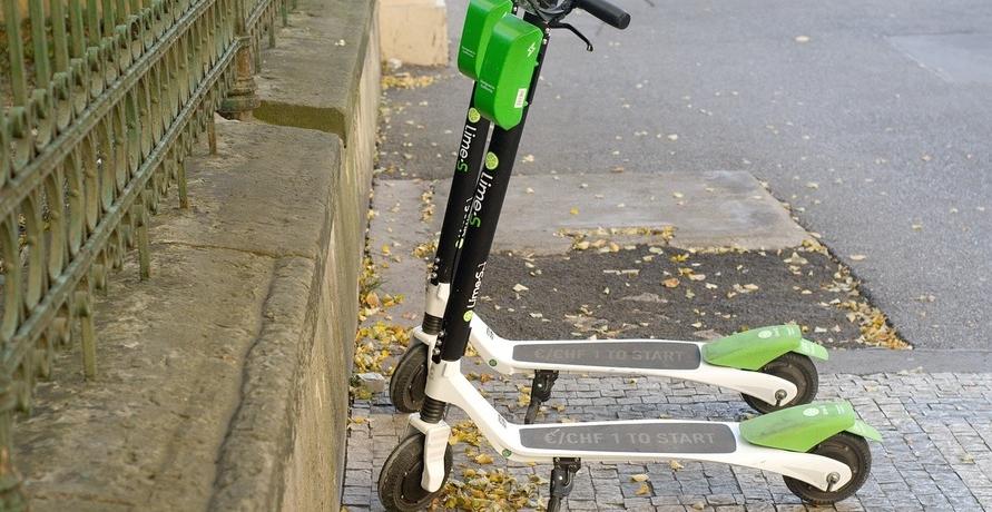 E-Scooter mit Straßenzulassung – eine echte Alternative zum Auto