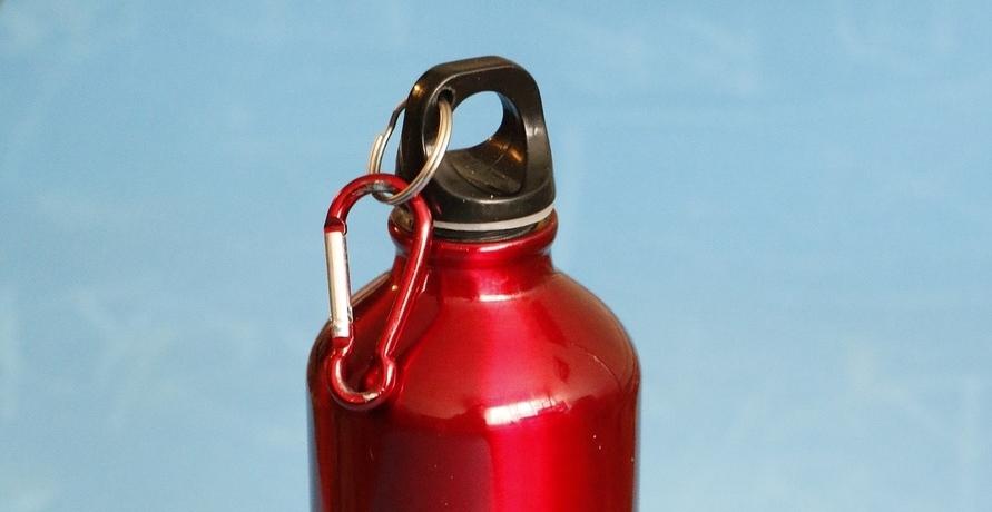 Edelstahl Trinkflaschen, die deinen Alltag nachhaltiger gestalten