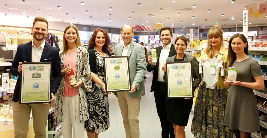 dm-Marken für ökologische Nachhaltigkeit und Engagement erneut als GREEN BRANDS Germany ausgezeichnet