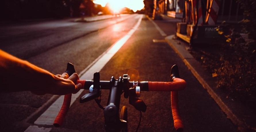 Die renommiertesten Marken für E-Bikes, E-Roller und E-Mofas