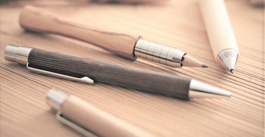 Regionale Holzprodukte für einen nachhaltigen Schreibtisch