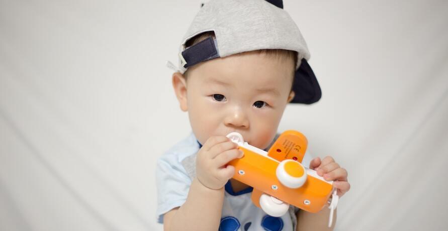 Babyspielzeug - schadstofffrei, nachhaltig und dennoch aus aller Welt