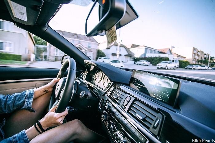 Frau Auto