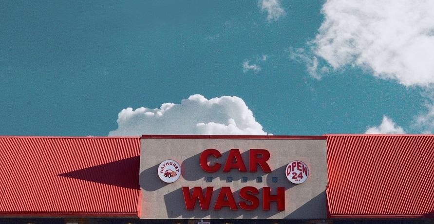 Sauber! Umweltfreundlich Autowaschen