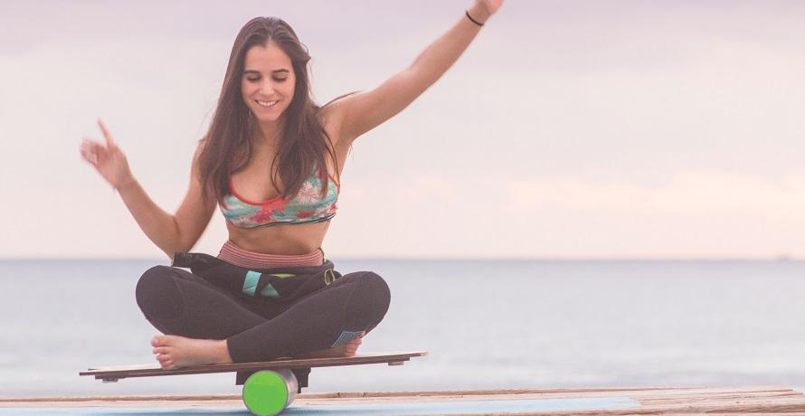 Surfen meets Yoga: Das Yoga Board