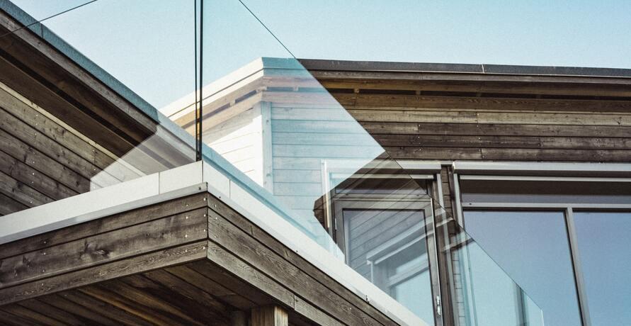 Fertighäuser aus Holz – die nachhaltige Alternative zum Neubau