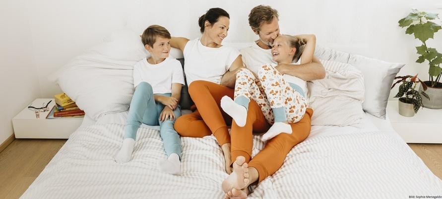 Nachhaltige Pyjamahosen für die ganze Familie