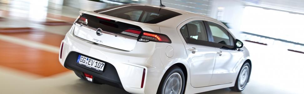 Opel Ampera ab sofort als Mietwagen bei Europcar