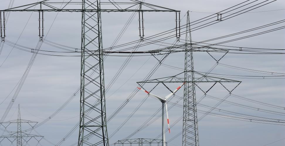 Fast die Hälfte der erneuerbaren Energien ist bereits in den Strommarkt integriert
