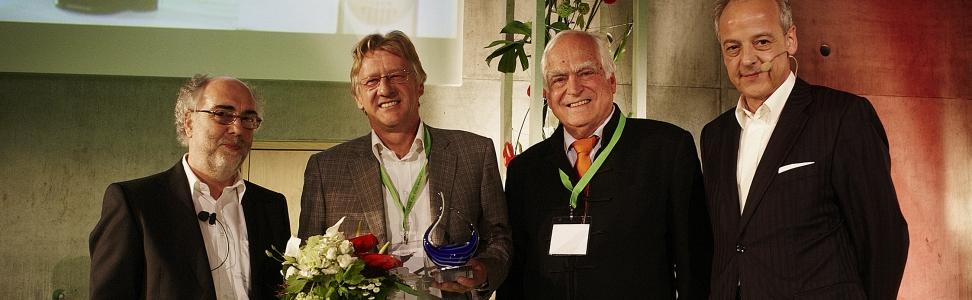 "Verleihung des Vision Award 2012 an den Gründer der AfB gGmbH ""social & green IT"""