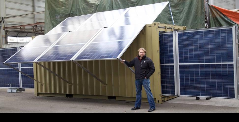Mit unseren mobilen Solarkraftwerken möchten wir zum ersten dezentralen Stromversorger in Afrika werden