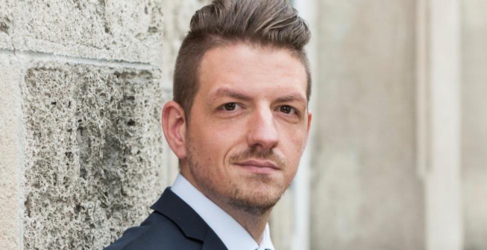 Daniel Stuckert erläutert wie die PRETTL group grüne Technologien erschließt und das Thema Nachhaltigkeit lebt.